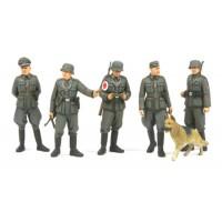 Tamiya 1/35 German field police set