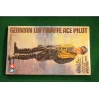 Tamiya 1/16 Luftwaffe ace pilot